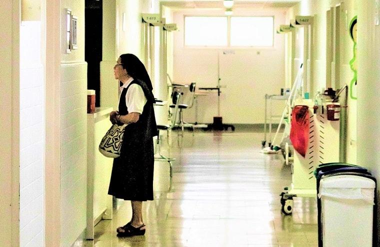 """""""病院""""で生まれ育った?"""